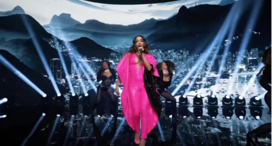 Anitta é a primeira brasileira a se apresentar no Anitta VMA 2021