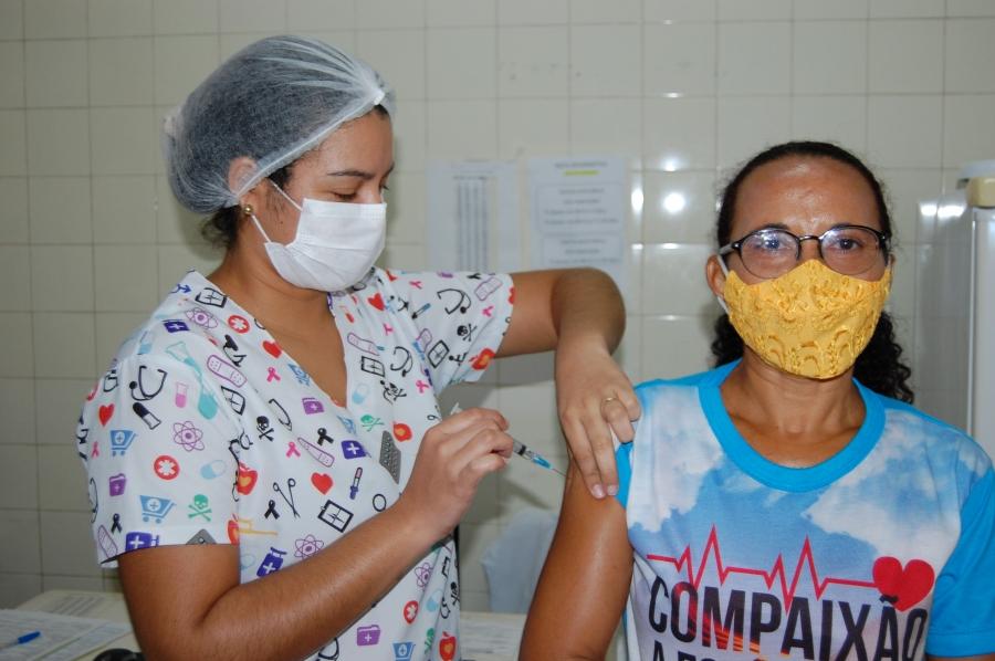 Vacina antirrábica em humanos é aplicada no Hospital da Primavera