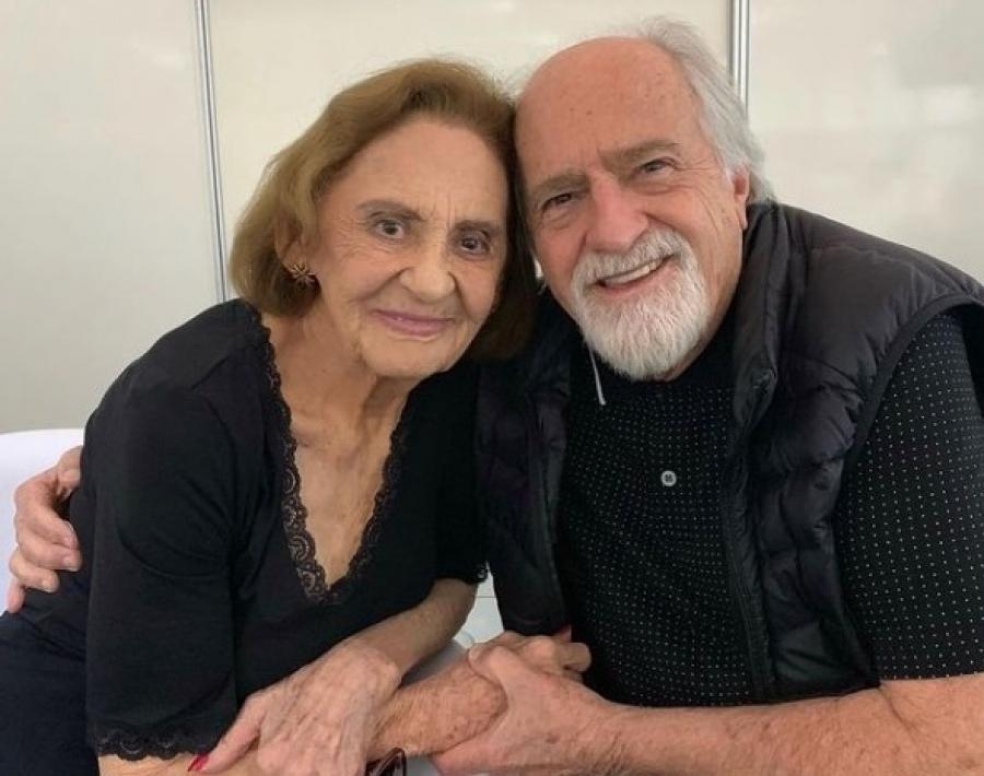 Ary Fontoura faz homenagem à Laura Cardoso