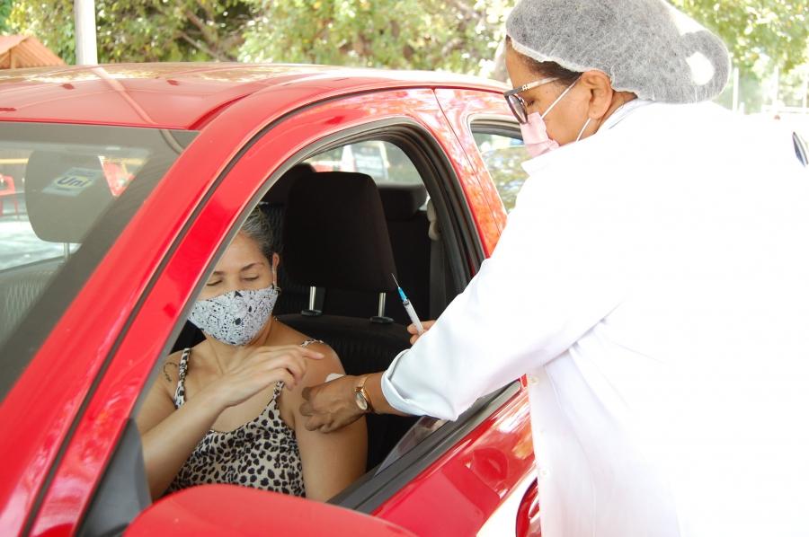 FMS suspende vacinação drive thru em Teresina